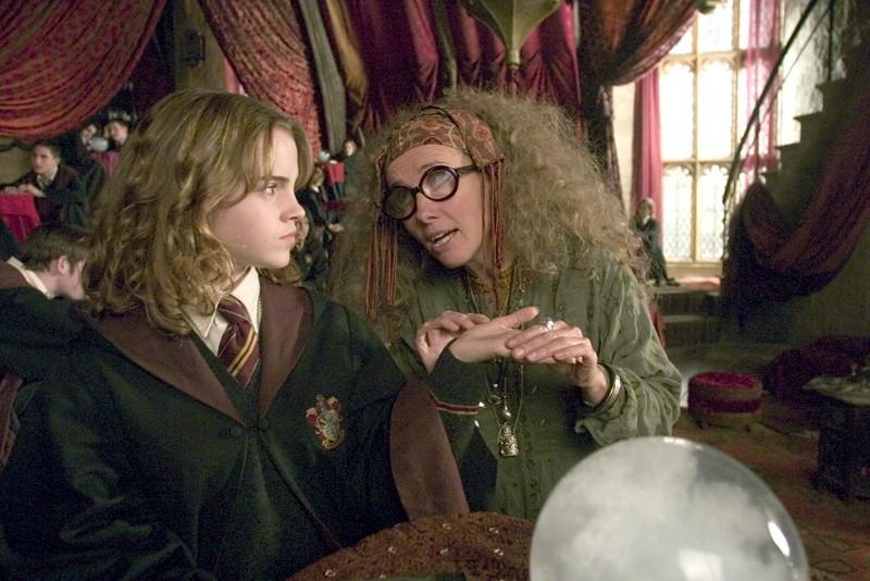 hermione-a-divinazione